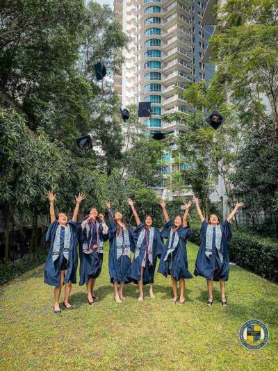 Gallery - ISKL Virtual Graduation Ceremony 2020