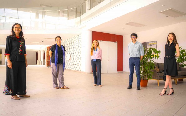 Dr. Elena Azizan, Dr. Hana Aziz, Lynette McDonald, Hezril Asyraaf, Yu Ern Hsueh